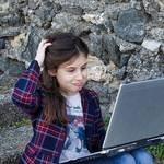 【診断】コミュ障の特徴と原因!コミュ障の治し方と向いてる仕事は?
