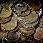 あぶく銭の意味とは?おすすめの使い道と貯金の重要性も