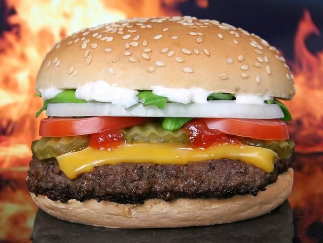 ハンバーガー バーベキュー 牛肉 - Pixabayの無料写真 (618823)