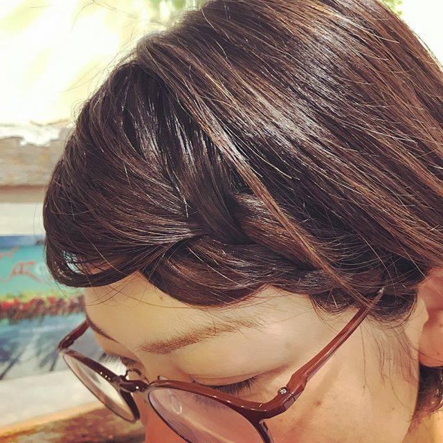 """Mldori Yamanouchi on Instagram: """"#前髪  #前髪アレンジ #前髪だけ  #前髪伸ばす #前髪編み込み #まえがみ #塚口#塚口美容室 #美容室 #アシスタント募集 前髪をのばしていてうっとおしい方ちょっと、アレンジして編み込みを軽くしてあげるとカワイイよ💖✨"""" (127610)"""