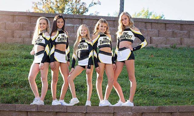 "🎉 Cheerleading is My Life 💪 on Instagram: ""These unis😻🖤💛 FOLLOW @cheerleading_is_mylife for more ⬅⬅⬅ @cheerleading_is_mylife for more⬅⬅⬅ @cheerleading_is_mylife for more ⬅⬅⬅ . via:…"" (154037)"