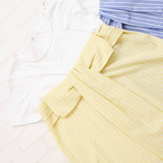"""Rose Tiara(ローズティアラ) on Instagram: """"ーーーーー 【スタッフおすすめ♡紹介】 カットソーをリボンで包んだようなデザインがレディな雰囲気のサマートップス。 夏らしいカラーリングで着るだけでシーズンライクな着こなしが楽しめます。 ・ リボンカットソー Item no : 51123913 Price :…"""" (374672)"""