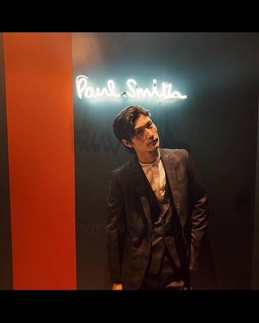 "Haruma Miura 三浦春馬 on Instagram: ""#paulsmith のパリオフィスにお邪魔しました。🐎✨————————————————————————It's first time to visit to Paul Smith Office 🐎✨"" (444180)"