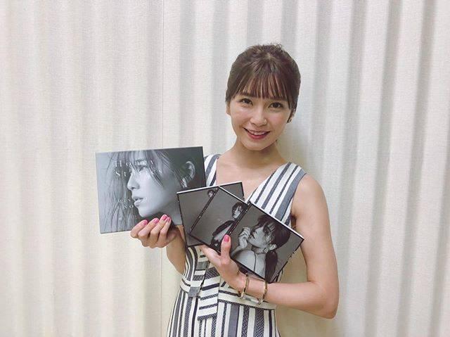 """Misako Uno(AAA) on Instagram: """". 本日、1st Album #HoneyStories 発売になりました。 全13曲どれも思い出深いです。  様々な愛の形に、 真っ直ぐだったり強がったり、夢を見たり... 何度も心の思いを巡らせて言葉を並べて 様々なストーリーを歌いました。…"""" (547204)"""