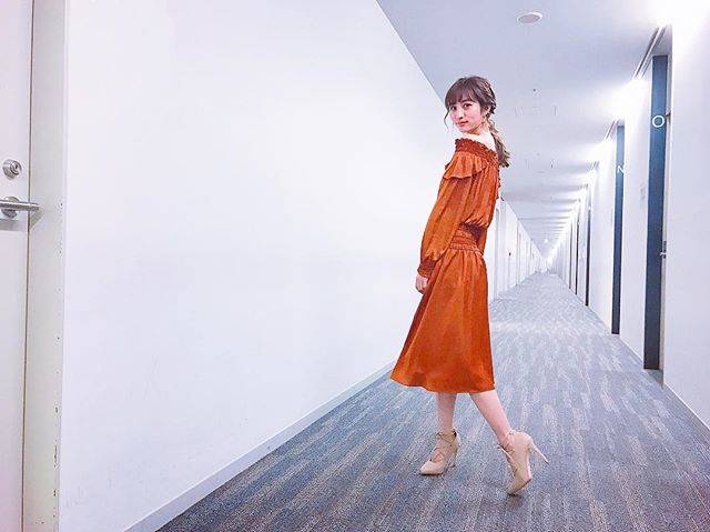 "Akane Hotta / 堀田茜 on Instagram: ""👗one-piece: @furfur_official heels: @re_rz"" (554330)"