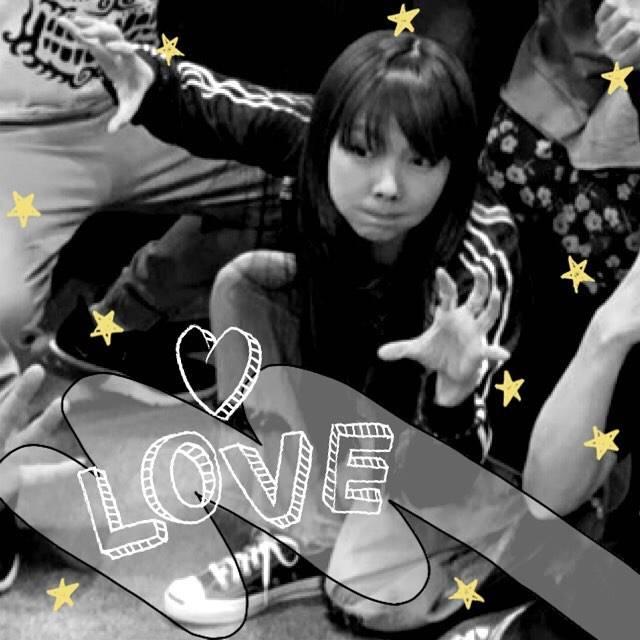 """koharubiyori on Instagram: """"I want to meet you. ☺︎♡*°・#夜空綺麗  聴いているんだ 🎧・#aiko #aikoジャンキー #aiko大好き #aikoが好き #aikoはわたしの元気の源・#ぷくっと膨らませたaikoのほっぺたlove ♡"""" (556373)"""