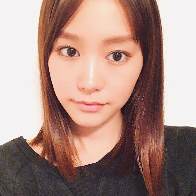 """桐谷美玲 on Instagram: """"前髪が伸びました。せっかくなので伸ばしてみようかなーと🤔"""" (556950)"""