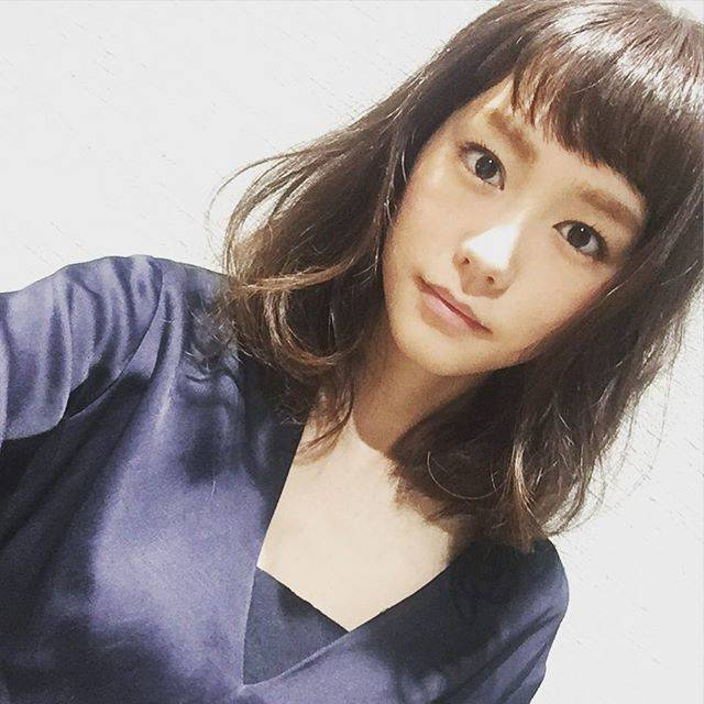 """桐谷美玲 on Instagram: """"みんなが期待してくれているショートではありませんが>_<アレンジver.#newhair"""" (556985)"""