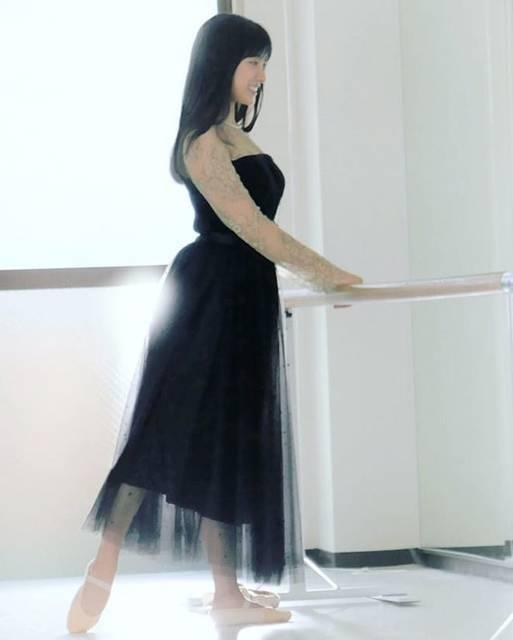 """土屋太鳳 on Instagram: """"今夜はもうひとつ お知らせを✨ 24日の午後4時20分から WOWOWで放送されるバレエ情報番組 『バレエ☆プルミエール』の 冒頭とエンディングに流れる映像で、 憧れ続けているバレエを 踊らせていただきます。  3歳から習ってはいるのですが バレエは 音楽とかと同じで…"""" (559591)"""