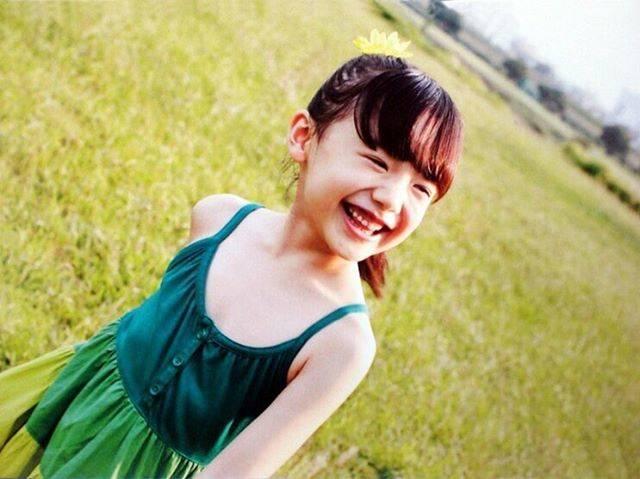 """キウイ🥝 on Instagram: """"この愛菜ちゃん """"夏!!""""って感じがしてすき#芦田愛菜 #夏 #笑顔 #かわいい"""" (559784)"""