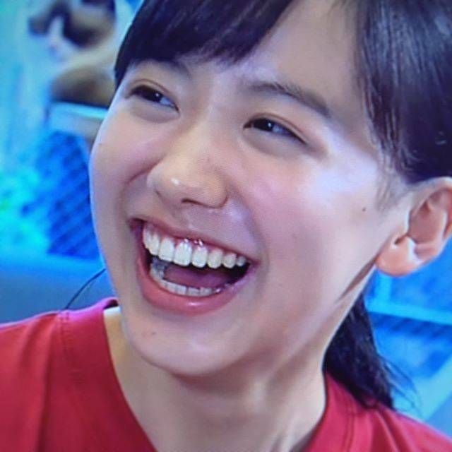 "Anda Hiroyuki on Instagram: ""#芦田愛菜 さん #まなの本棚 #自分の確立 #愛菜ちゃんの声が好き"" (559785)"