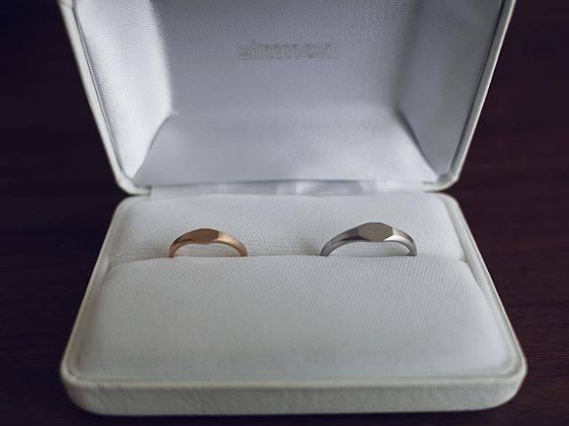 """つぶあん派 on Instagram: """"* 2019.8.11 山の日 本日入籍しました  いつもと変わらない日常だけど 今日から人の妻 皆さまこれからも宜しくお願い致します  #ご報告 #結婚しました #日々 #風景 #暮らし #指輪 #結婚指輪 #wegotmarried #simmon #ring…"""" (565355)"""