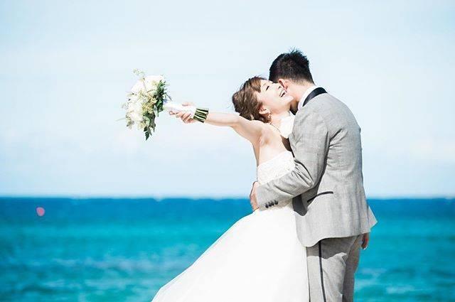 """桃 momo on Instagram: """"ブーケ結構重かった😆💦ブログにまた沢山載せたよー!!!#hawaii #bigisland #ハワイ島 #weddingphoto"""" (566109)"""