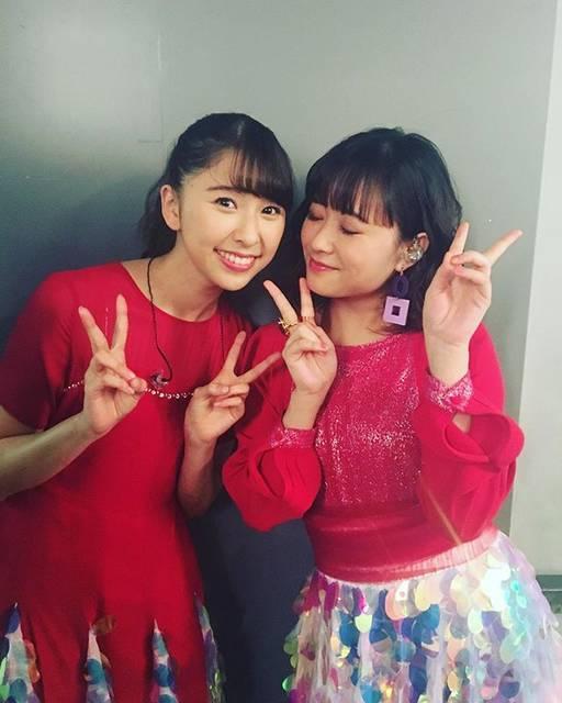 """大原櫻子 on Instagram: """"しおりんと歌えた幸せ♡最高の年越しでする#ももいろ歌合戦"""" (576530)"""
