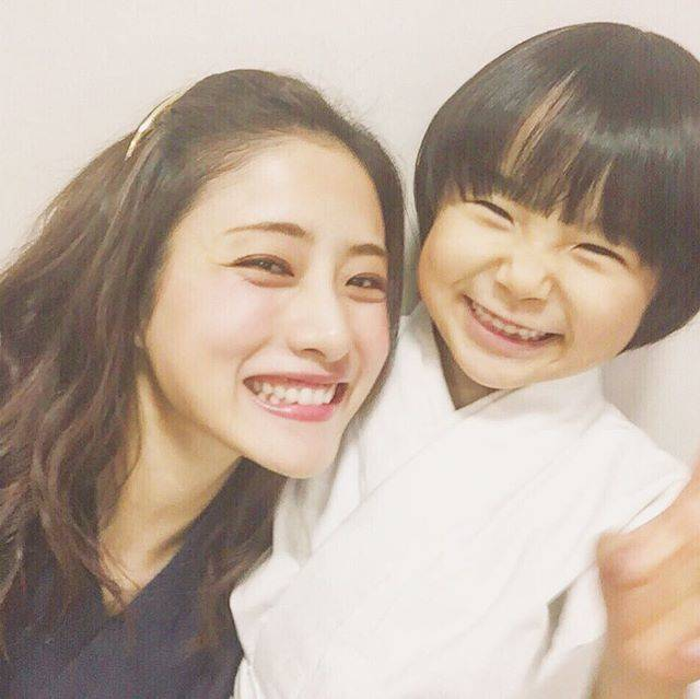 "@lover_jp on Instagram: ""#石原さとみ #寺田心 #5時から9時まで #5時9時"" (580612)"