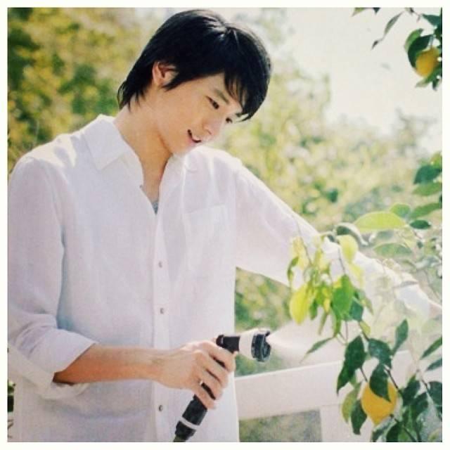 "Osamu Mukai | 向井理 on Instagram: ""#osamumukai #mukaiosamu #向井理 #japanese #actor #model"" (580738)"