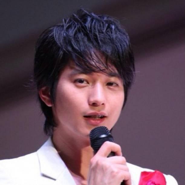 "Osamu Mukai | 向井理 on Instagram: ""#osamumukai #mukaiosamu  #向井理 #japanese #actor #japan"" (580741)"