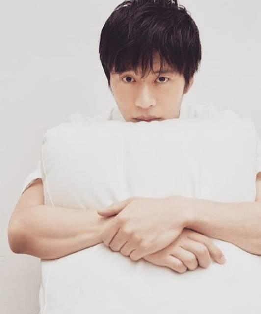 """♪*nene*♪ on Instagram: """".いろいろ(♥ω♥*)キュンキュン♡*゜あ~早く オカワリOLしたい😍.#劇場版おっさんずラブ #田中圭#田中圭かっこいい #おっさんずラブ"""" (581852)"""