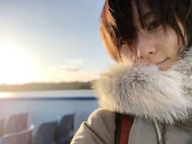 """木村文乃 on Instagram: """"***船に乗ってみたら丁度良くサンセットクルーズに。言うても15時くらいなんですけどね。朝は8時位まで暗くて1630頃になると日は暮れちゃうしあまり夜に出歩くタイプでもないので日本よりもずっと一日が早く感じます。#ふみさんぽ 拡大版"""" (584005)"""