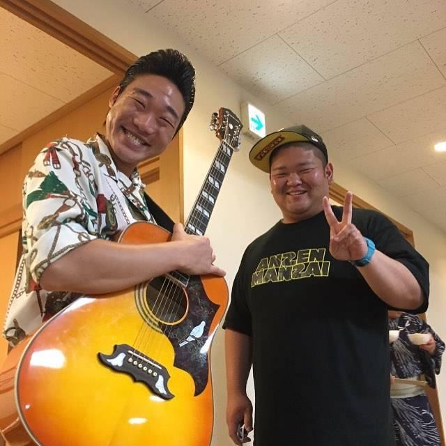 "kankan on Instagram: ""#安全漫才 #お笑い芸人 #足立区"" (585449)"