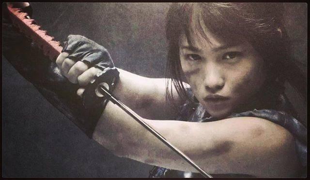 "川栄李奈 on Instagram: ""(ง ͠ ᵒ̌ Дᵒ̌)¤=[]:::::>#kawaeirina #川栄李奈 #azumi #あずみ #akb48"" (586678)"