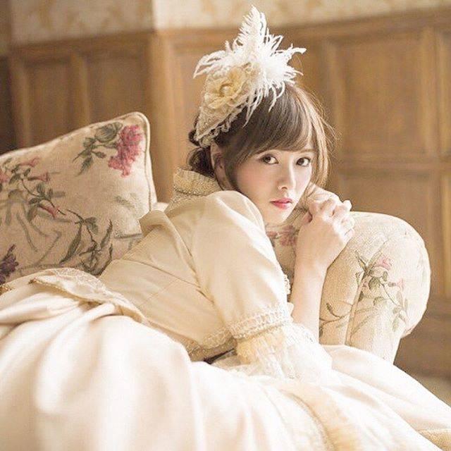 """み い 。 on Instagram: """". またまた プリンセス麻衣ちゃんの 登場ですよみなさん!!! これはもう ほんとのお姫様ですね❤︎ こんっな可愛いお姫様だったら 何言われても許しちゃうし なんでもしてあげたく なっちゃうな、、 もうとりあえずドレスが可愛い、 髪飾りも可愛い 花柄のソファーも…"""" (587220)"""