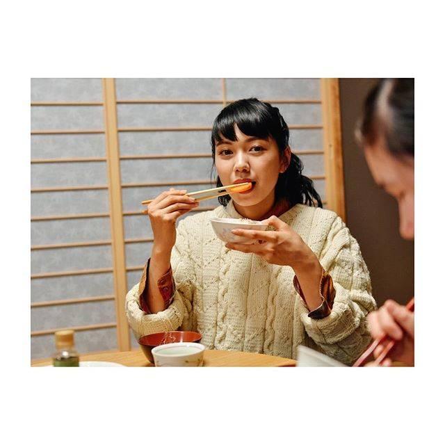 """Fumi Nikaido on Instagram: """"Rice No.7 SPRING 2018 ふみ、母の味今回はぬか床を作りました!美味しくできて、ハッピー( ✌︎'ω')✌︎ #Rice"""" (589100)"""