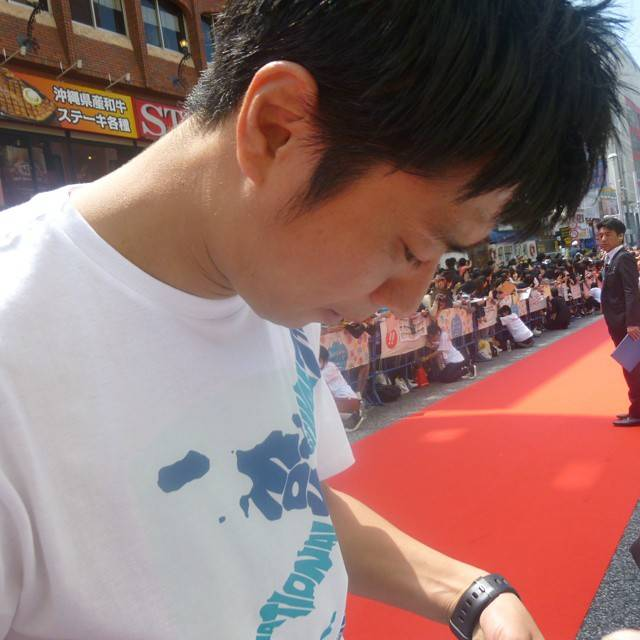 """あやの(´▽`) on Instagram: """"#沖縄国際映画祭#尾形貴弘#パンサー近すぎワロタ"""" (589176)"""