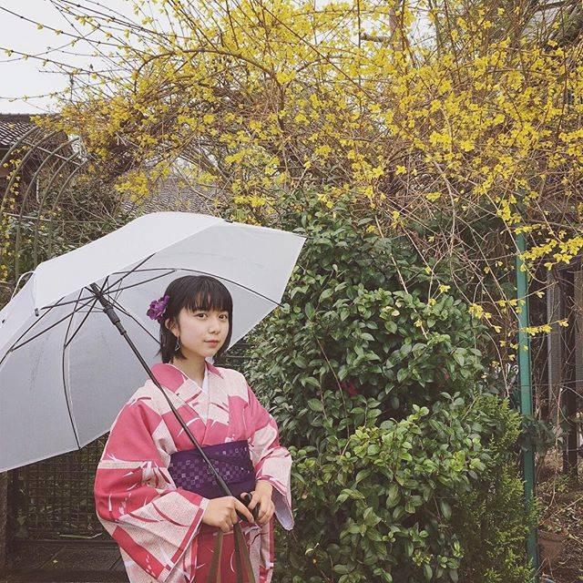"""上白石 萌歌 on Instagram: """"京都に来ております #👘"""" (590111)"""