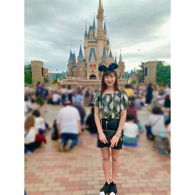 "Rikako Ikee on Instagram: ""*昨日ディズニーランドに行きました🐭🏰ずっと行きたかったので大満足の1日でした🌟#tokyodisneyland"" (590643)"