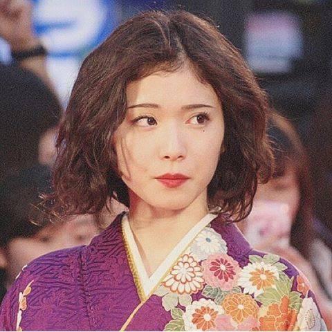 "@mayumatsuoka.love on Instagram: ""🥀#松岡茉優"" (592293)"
