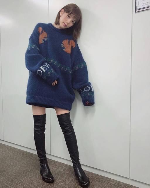 "honda tsubasa on Instagram: ""☺︎@loewe のニット@zara のニーハイブーツ👢zaraのニーハイは去年も購入したのですが今年のこの合皮ストレッチニーハイも本当に履きやすくて控えめに言って最高🙆♀️#衣装#ただ控えめに言ってを使いたかっただけ"" (593528)"
