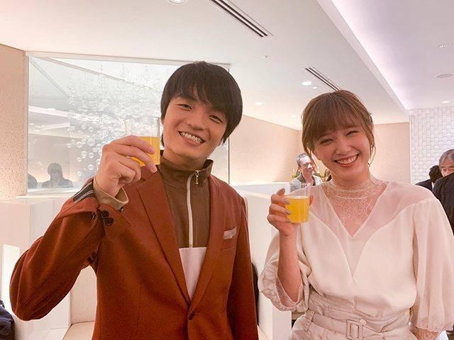 """honda tsubasa on Instagram: """"🎉映画『新聞記者』が現在公開中です。パウさん(岡山天音くん)も出演しております🤝#新聞記者#パウさん元気そうで#パウさんとは#ゆうべはお楽しみでしたね  というドラマの登場人物です😋"""" (593728)"""