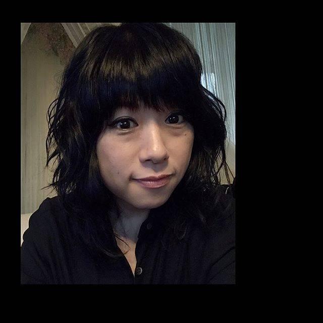 """chiekajiura on Instagram: """"お昼は今年最後の美容室へ。 かっこよくしてもらいました♪ 来月はパーマしよっと(^_^*) 親子してすぐ取れちゃう頑固な髪質で 皆様を困らせている次第です😊 美穂さん今年はたくさん 有難うございました💕 Twiggyで販売していたお正月飾りも ゲト。さてさて本日は慌たゞしかー…"""" (594477)"""