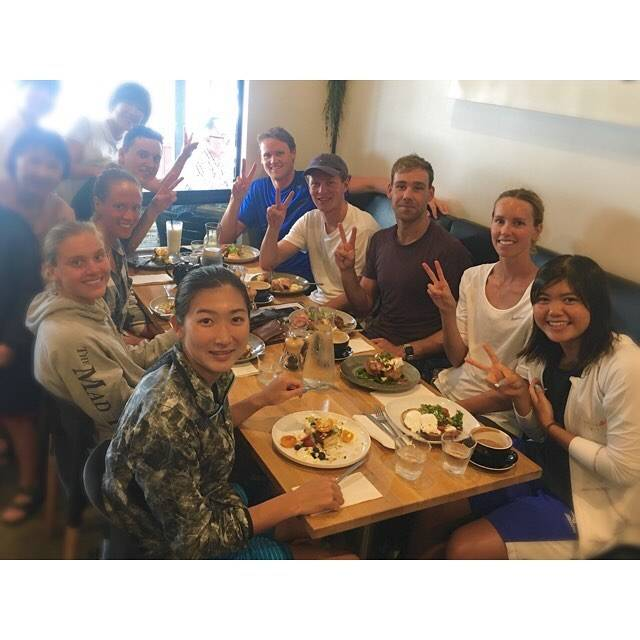 "Rikako Ikee on Instagram: ""全員揃わなかったけど、チームメイトと🍽🍳💕 みんなと沢山お話し出来て楽しかった! After practicing I went to have breakfast with my teammate. Thank you for matching speed to tell…"" (594495)"