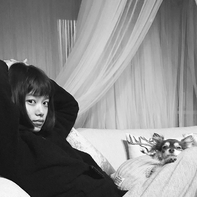 "杉咲花 on Instagram: ""♩"" (594767)"