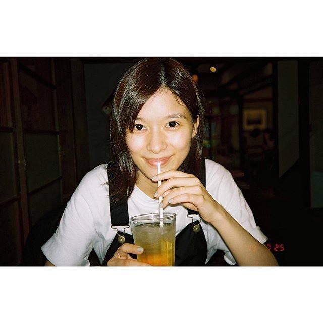 """芳根京子 on Instagram: """"休日に母とお茶をしまして。#film"""" (594937)"""