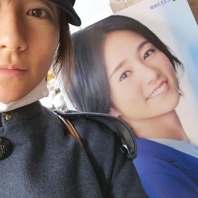 """木村文乃 on Instagram: """"***みっけ。ちょうど肩トンされて励まされてる感じになりました。#エスエス製薬 #アレジオン20今年もお世話になります。"""" (599269)"""