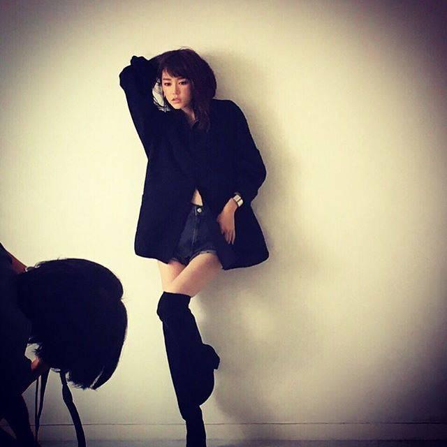 """桐谷美玲 on Instagram: """"anan本日発売✨表紙やってます。#anan"""" (600094)"""