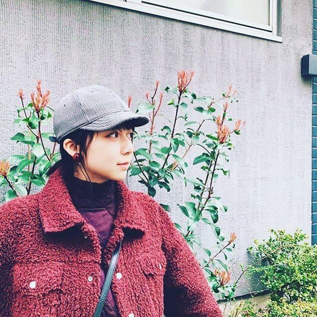 "Miki_mokamoka on Instagram: ""もかちゃんデート待ちですか?似合いますな#上白石萌歌#上白石萌歌ファンと繋がりたい #上白石萌歌好きな人と繋がりたい"" (600163)"