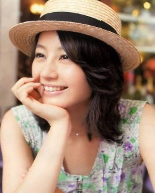 "AQUA on Instagram: ""#堀北真希 #maki #horikita #makihorikita #beautifulwoman #actress #actress #女優 #笑顔 #スマイル #麦わら帽子 #真希 #堀北 #フォローミー #follwme"" (601950)"