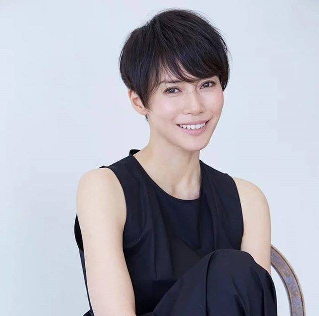 "Dew on Instagram: ""#NakataniMiki to be lead in TV Tokyo fall drama ""Haru: Sogo Shosha no Onna"" as a single mother who works in a trading company. Based on…"" (607664)"