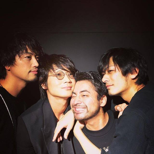 """山田孝之 on Instagram: """"ギターよ、はぴば"""" (615300)"""