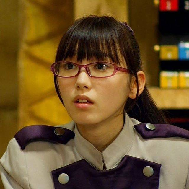 "nkosuri_girl on Instagram: ""#獣電戦隊キョウリュウジャー #キョウリュウバイオレット #弥生ウルシェード #飯豊まりえ #東映 #特撮 #2013 #marieiitoyo  #supersentai  #japanese #hero  #heroine #japan #tv #action…"" (621007)"