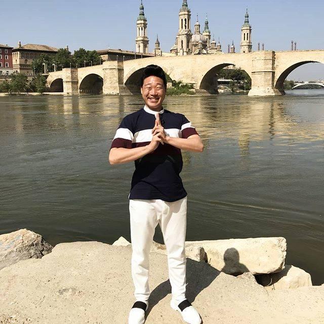 """みやぞん[ANZEN漫才] on Instagram: """"スペインは3回目🙌✨ やっぱり好きだな✨大聖堂作るの大成功😆💖"""" (621570)"""