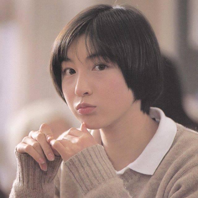 広末涼子ファンさんはInstagramを利用しています:「写真集「20世紀ノスタルジア 撮影日記  広末涼子から遠山杏へ」1997年めちゃくちゃ可愛いんですけど。。。#広末涼子 #hirosueryoko #ryokohirosue #ヒロスエ写真集」 (622204)
