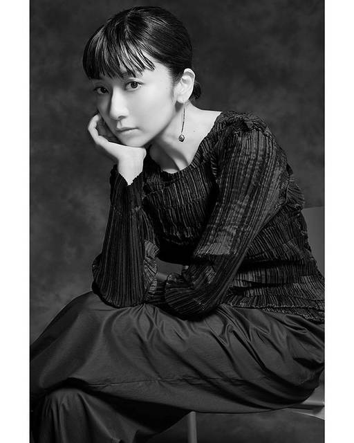 "WATARU YONEDA PHOTOGRAPHY on Instagram: ""Beautiful and amazing singer #mochidakaori @1oto1o for @mcstyle_jp She was so beautiful and nice in person!  You can read full pages of…"" (623547)"