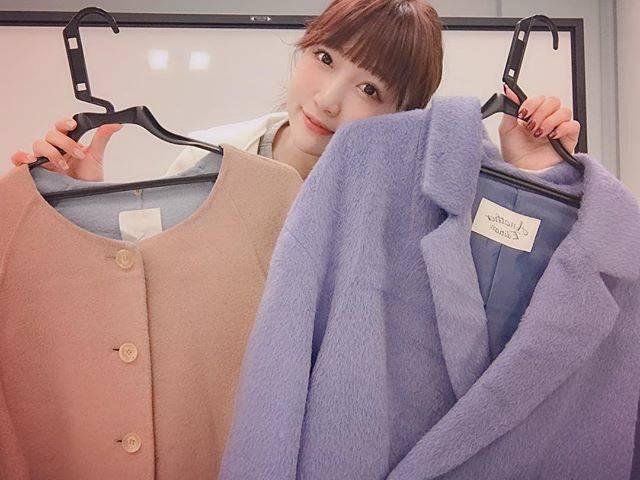 """桃 momo on Instagram: """"本日20時より、メルカリチャンネルでゆるーーーく動画配信しながら私の私服を出品します❣️ 私が愛用していたお洋服なので、全て古着になってしまいますが、もし興味のある方がいらっしゃいましたら、私のストーリーからswipe…"""" (625479)"""