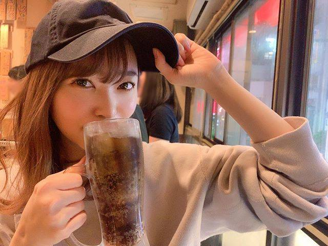 """Rino Sashihara on Instagram: """"最近は飲むときはコークハイです!#そんなことよりカラコンはデートトパーズ#プロデュースしてるカラコン#何飲んでるかとかじゃなくて#カラコン宣伝#一番ナチュラルなのはデートトパーズ#物足りなければストロベリークォーツ#ゴリゴリ宣伝#爆売れ"""" (625767)"""