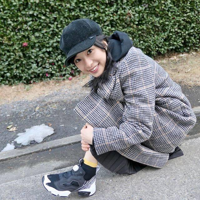 """るっちょら on Instagram: """"#芳根京子 #きょんちゃん #スニーカー#ゲットしたらしい#可愛い #芳根京子好きと繋がりたい #🍀 #🍅"""" (625930)"""